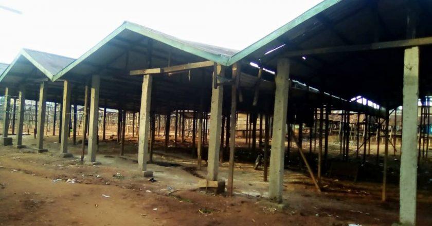 Beni : la «FOKAMUDA» aux chevets des femmes vendeuses des denrées alimentaires au marché de Mangina