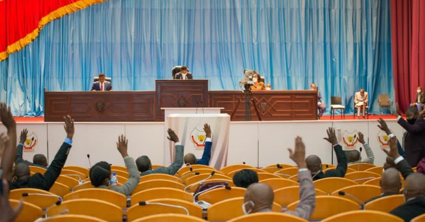RDC : 51 députés nationaux signent la motion de défiance contre le ministre de la défense